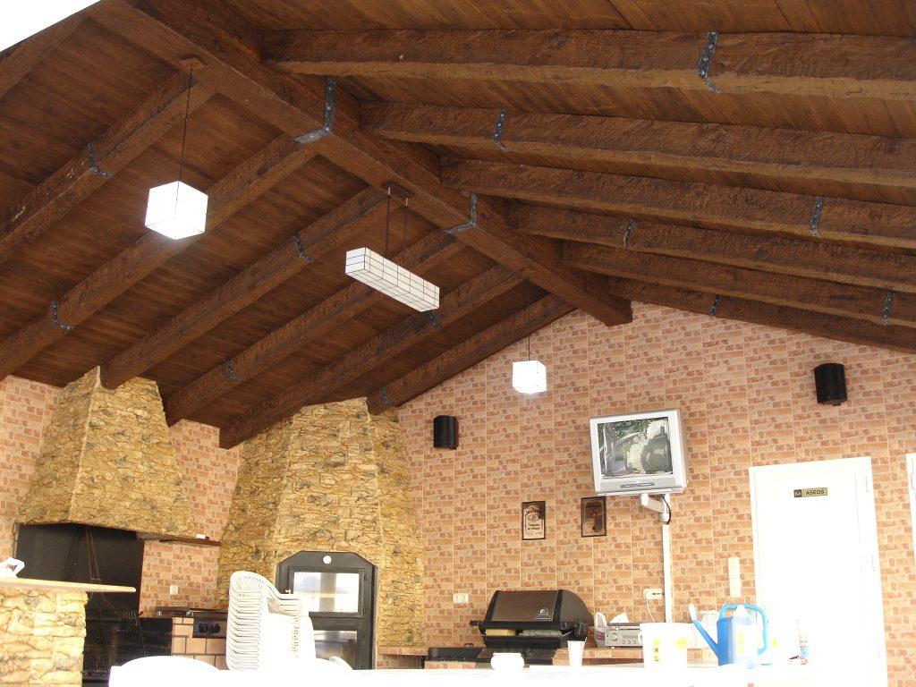 Uno de los miles de usos del poliuretano: la decoración