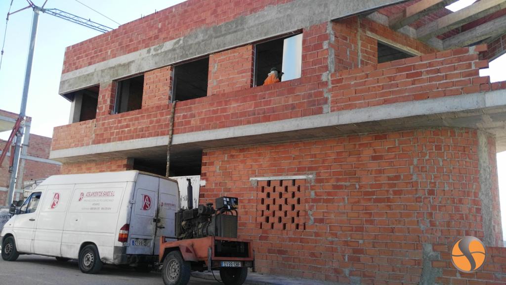 Beneficios obtenidos en el aislamiento de una vivienda con la espuma de baja densidad POLIFORMA 1210